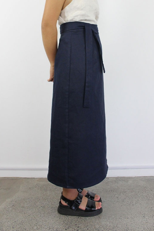 B navy side linen peppermint wrap skirt newsletter