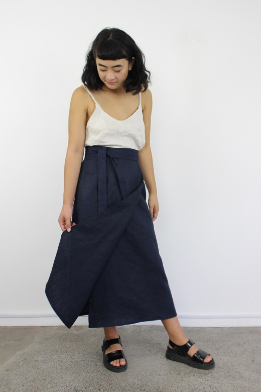 Option 2 navy linen peppermint wrap skirt fabric by the fabric store