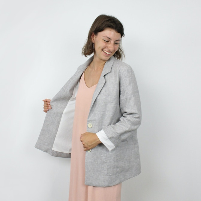 Barbara jacket republique du chiffon pattern front lining chambray linen fabric by the fabric store